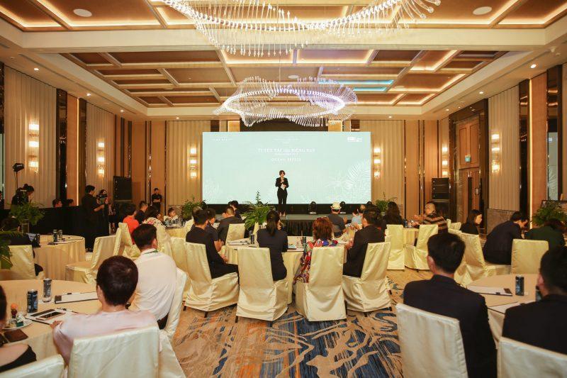 Khách hàng tham dự event số 3 Park Hyatt Phú Quốc lấp kín khán phòng
